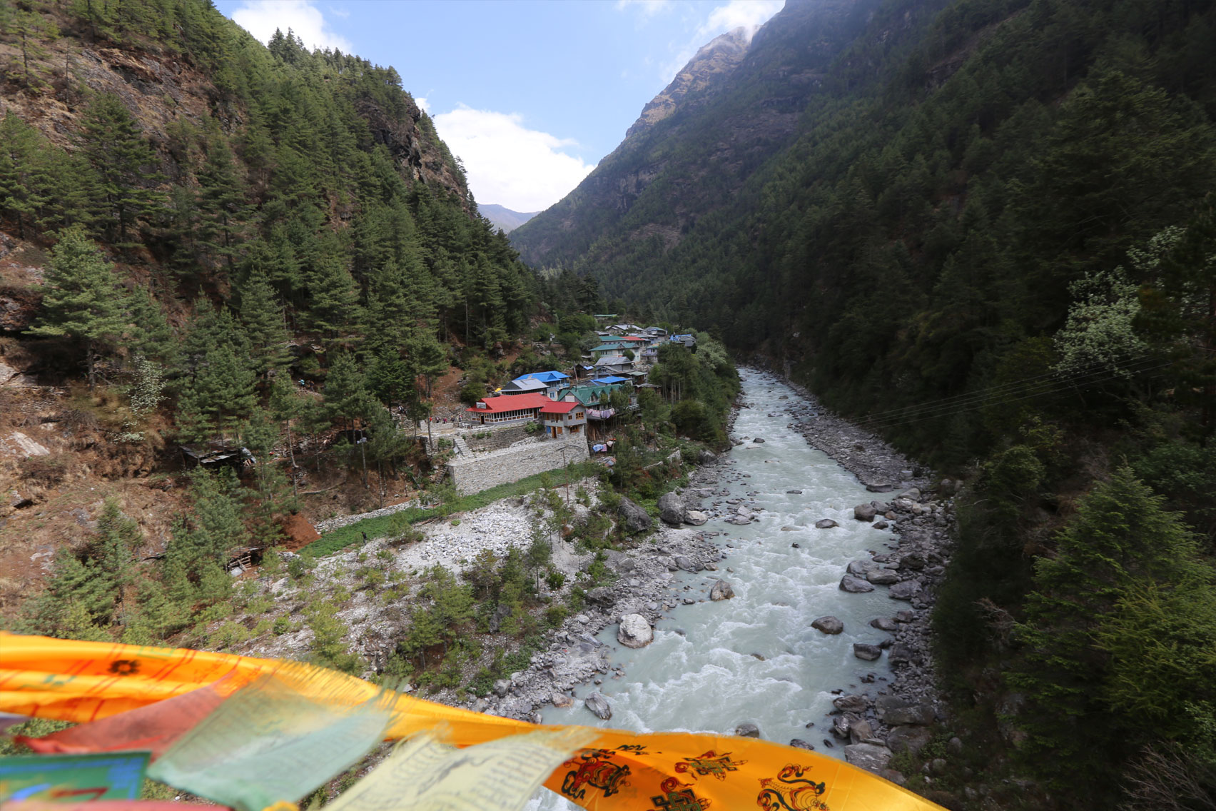 Day 14: Trek from Monzo (2845m) to Lukla (5 hrs, 2860m)